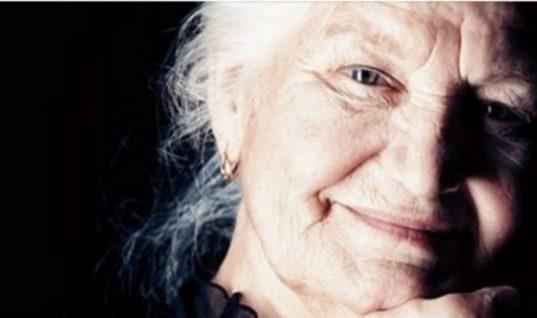 Να τις ακούς! 10 έξυπνοι τρόποι που οι γιαγιάδες κρατούσαν όλη την οικογένεια ζεστή στο παρελθόν