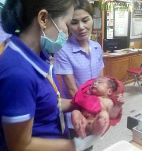 Το μωρό θαύμα που νίκησε τον θάνατο: Το μαχαίρωσαν και το έθαψαν ζωντανό (EIKONA)