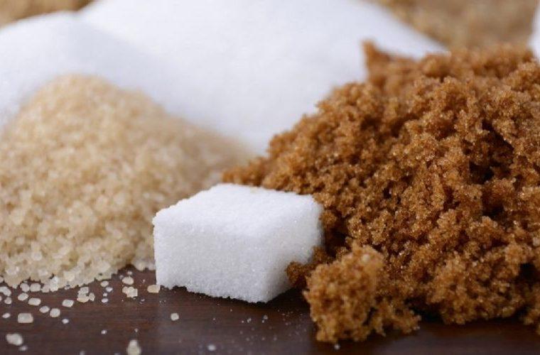 Λευκή ή καστανή ζάχαρη; Ποια είναι τελικά πιο υγιεινή!