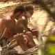 Survivor: Γιώργος Αγγελόπουλος και Ευρυδίκη Βαλαβάνη απομονώθηκαν στην παραλία! Έπεσε στην αγκαλιά του!