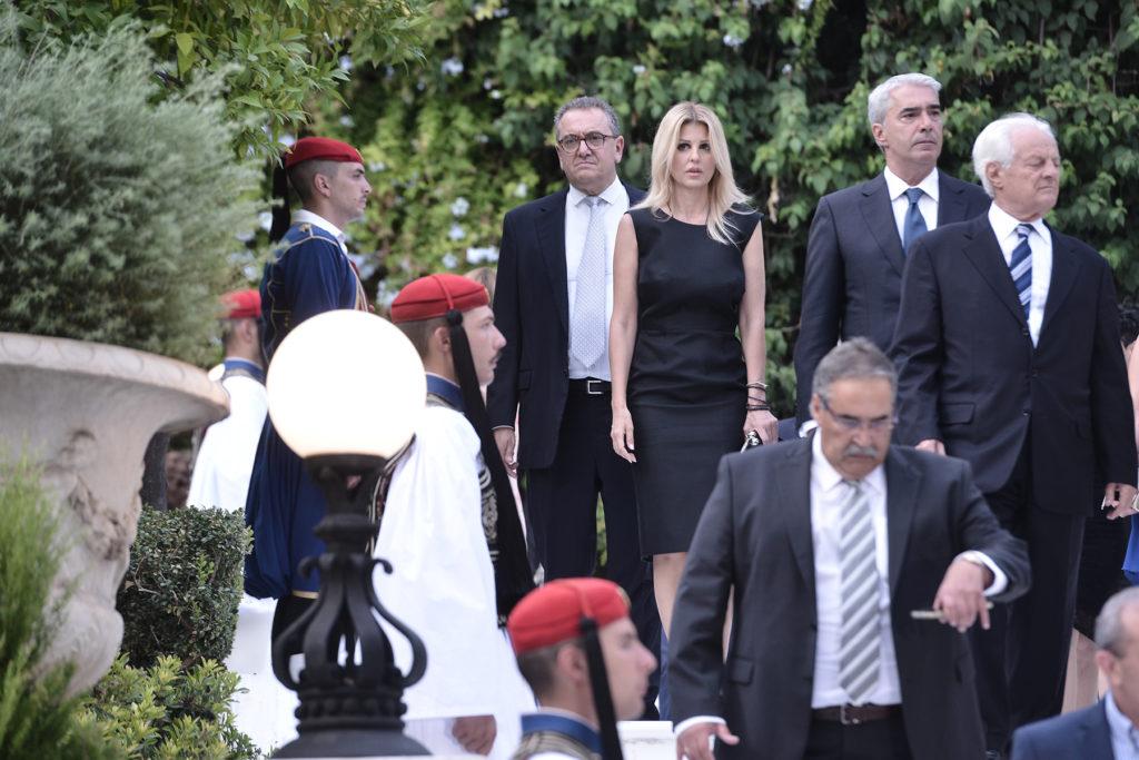 Η Ελενα Ράπτη ήταν η πιο καλοντυμένη στο Προεδρικό Μέγαρο! Δείτε το φόρεμά της