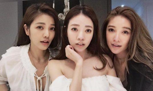 «Η οικογένεια με την παγωμένη ηλικία»: Οι 40άρες κόρες μοιάζουν με έφηβες και η 63χρονη μητέρα μοιάζει με 30άρα